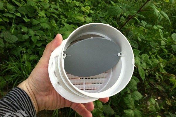 одностворчатый пластиковый клапан