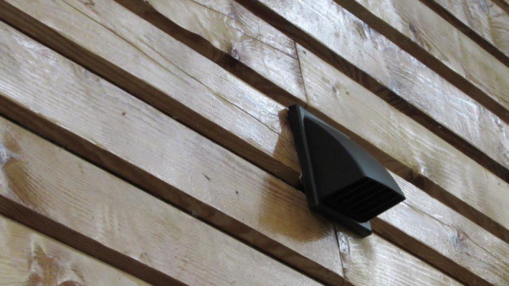 вентиляция в доме из бруса