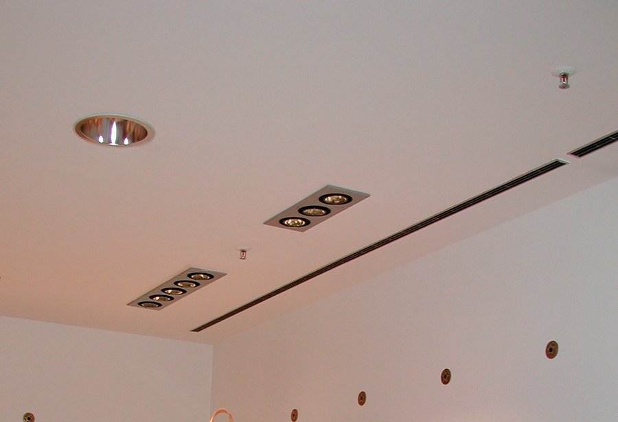 узкие вентиляционные решетки