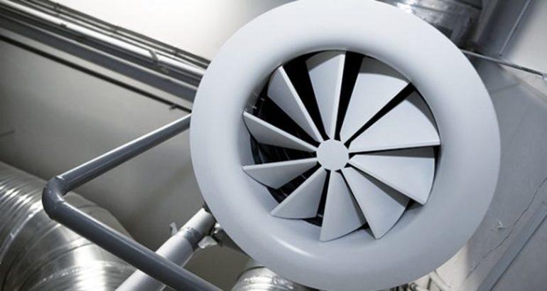 воздуховод с вентилятором