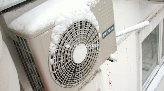 установка кондиционера зимой