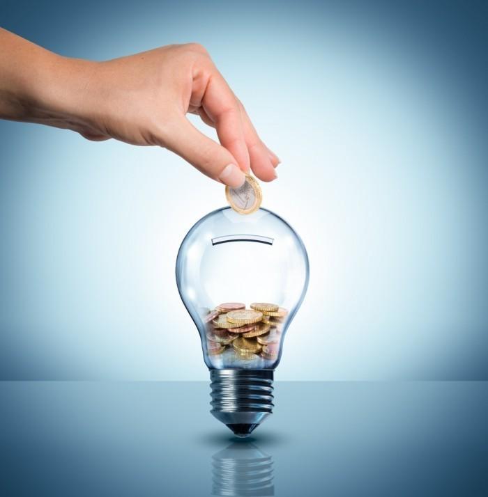 Лампочка вместо копилки (метафора)
